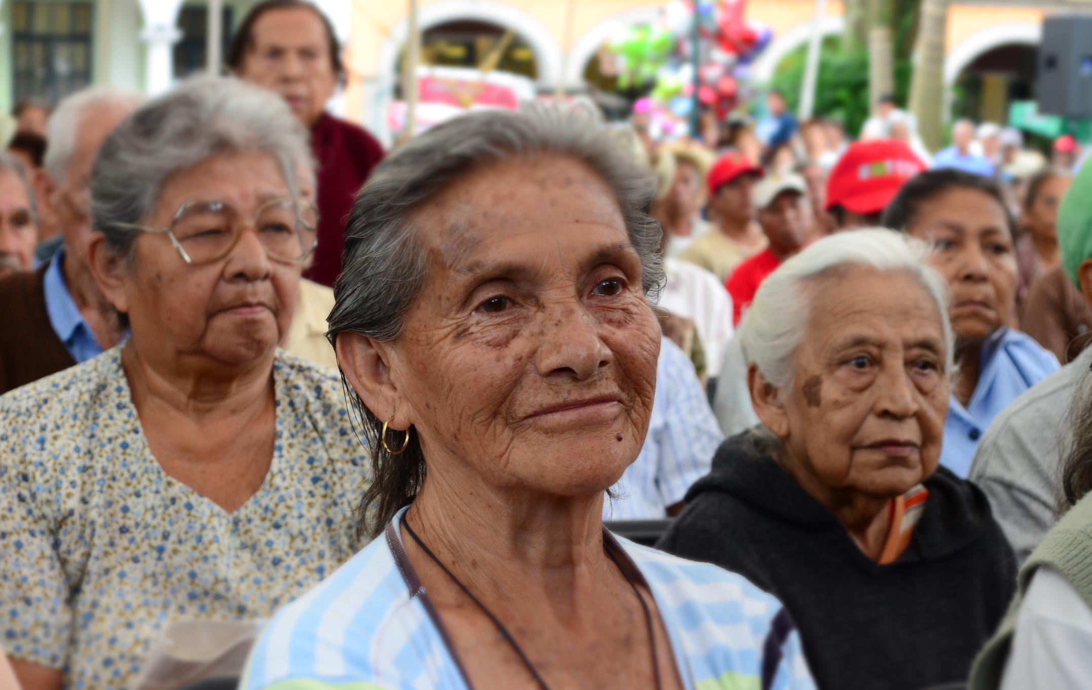 Políticas Públicas Sobre Envejecimiento y Contextualización de conceptos a una realidad: Programa ADAMO