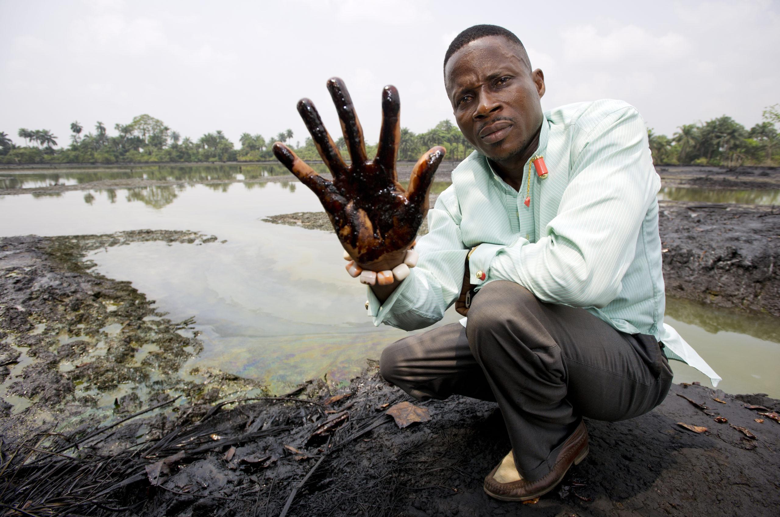 Derechos Humanos y la actividad petrolera en Latinoamérica