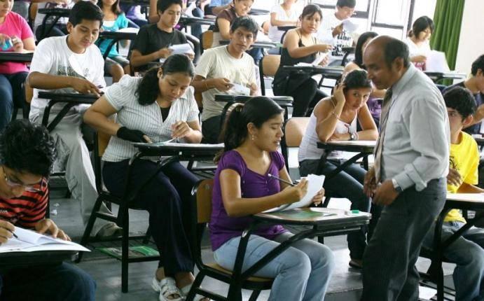 La función docente en época de crisis política