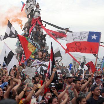 La música como herramienta de construcción de la memoria colectiva: el caso de Los Prisioneros en el contexto del Régimen Militar Chileno